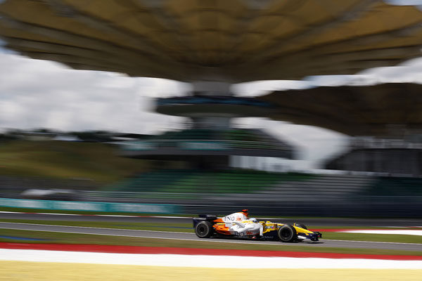 ¿Acudirás a algún Gran Premio en 2010? ¡Léete estos consejos! 004_small