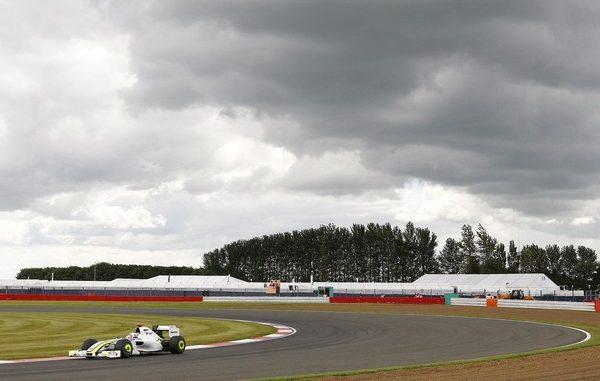 ¿Acudirás a algún Gran Premio en 2010? ¡Léete estos consejos! 012_small