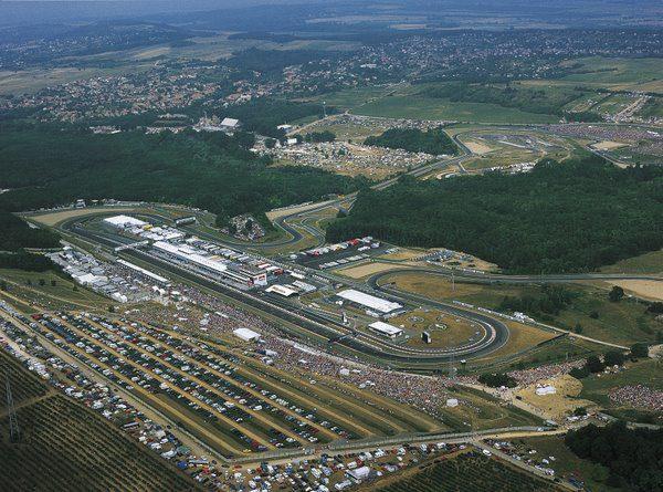 ¿Acudirás a algún Gran Premio en 2010? ¡Léete estos consejos! 014_small