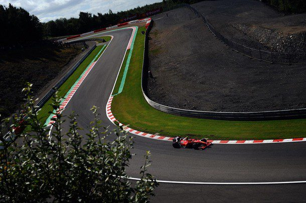 ¿Acudirás a algún Gran Premio en 2010? ¡Léete estos consejos! 015_small