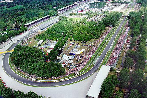¿Acudirás a algún Gran Premio en 2010? ¡Léete estos consejos! 016_small