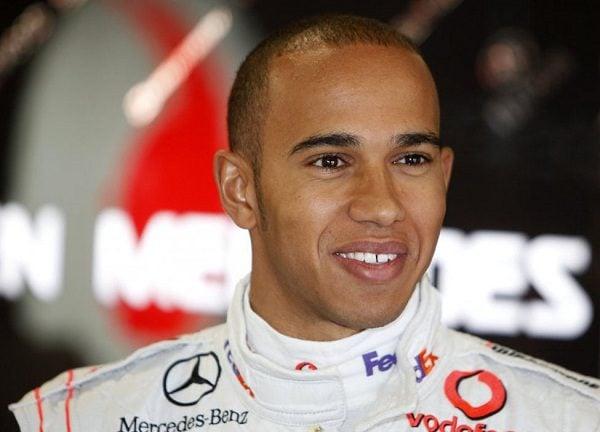 Hamilton podría correr en alguna carrera de la V8 Supercars en 2010