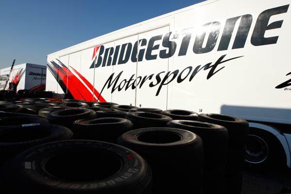 Bridgestone no cree que la solución al espectáculo pase por los neumáticos 001_small