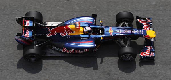 Vettel y Red Bull siguen machacando a sus rivales en Barcelona