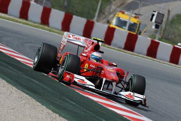 20.000 $ de multa para Ferrari por el incidente con Rosberg