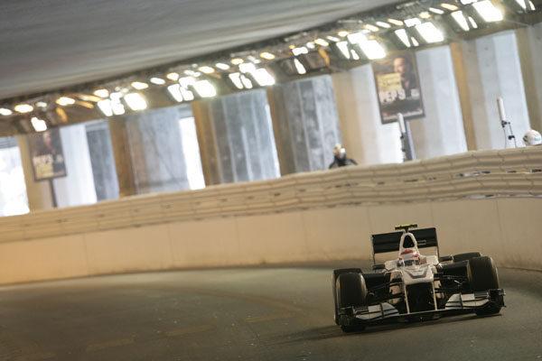 Peter Sauber respalda a sus pilotos