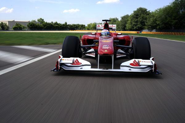 La agenda de Fernando Alonso echa humo 001_small