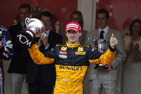 Kubica renueva con Renault hasta 2012