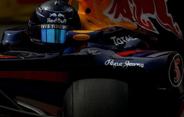 Vettel comienza mandando en Silverstone