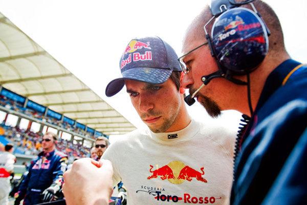 """Alguersuari: """"El coche irá a mejor de aquí a final de temporada"""""""