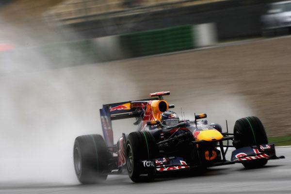 Vettel domina los últimos libres por delante de Alonso