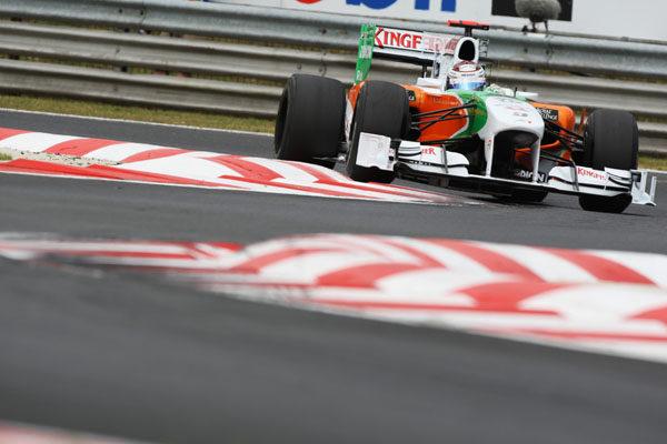 Force India retira los 'escapes sopladores'
