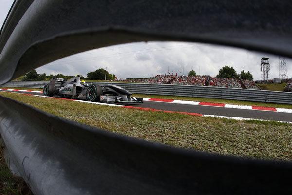 Mercedes reinstala su 'difusor soplado'