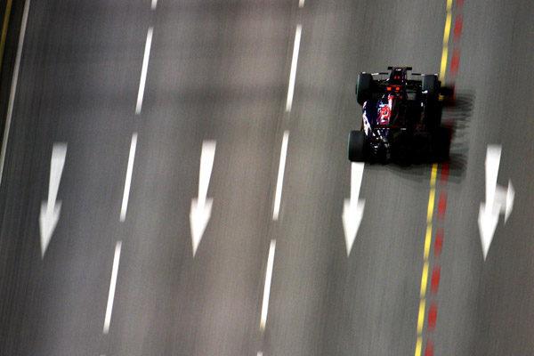 """Alguersuari: """"Correr en Singapur es como ver un videojuego"""" 001_small"""