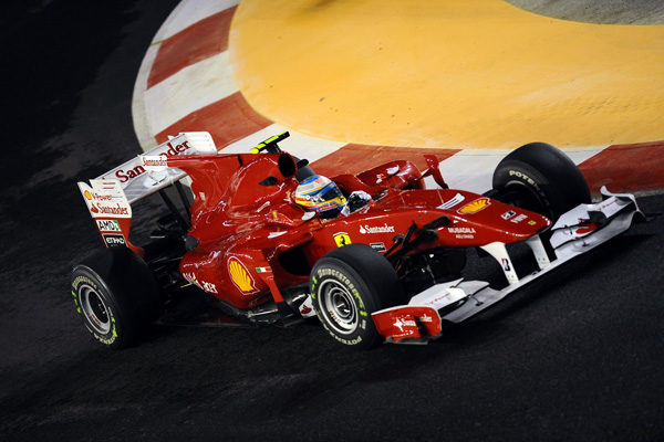 Alonso espera estar a la altura de los Red Bull 001_small