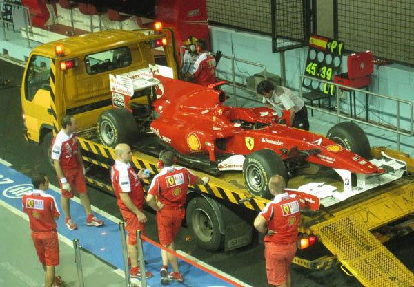 Ferrari cambia el motor y la caja de cambios de Massa