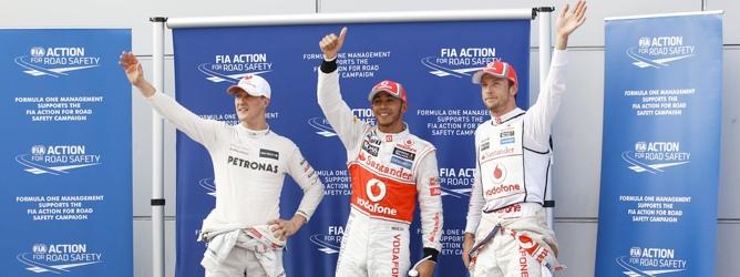 Schumacher, Hamilton y Button en Malasia