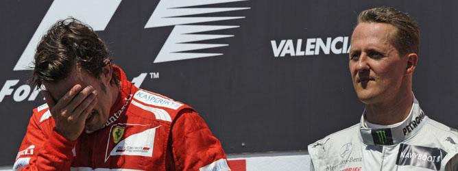 Alonso y Schumacher, en el podio