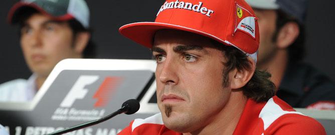 Fernando Alonso y Sergio Pérez
