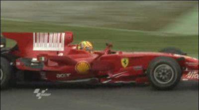 Rossi rueda con el F2008 en Barcelona (2/2)