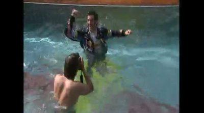 Webber celebró en la piscina su victoria de Mónaco