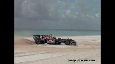 Alguersuari a 180 km/h en las playas de Punta Cana