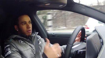Lewis Hamilton prueba el nuevo Mercedes CLA