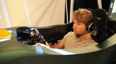 Charles Pic prueba el simulador de Caterham por primera vez