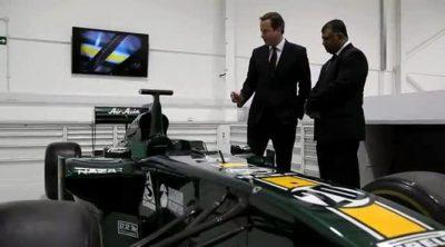 David Cameron visita la sede de Caterham