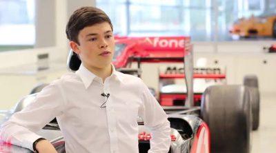 McLaren presenta a Nyck de Vries, miembro de su programa de jóvenes pilotos