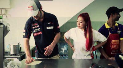 Jean-Eric Vergne aprende a cocinar comida de Malasia