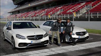 Nico Rosberg y Lewis Hamilton compiten para evaluar su precisión de frenada