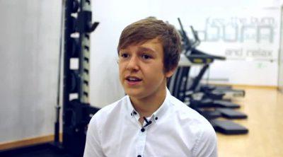 McLaren presenta a Ben Barnicoat, miembro de su programa de jóvenes pilotos