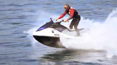 Nico Rosberg y Lewis Hamilton se enfrentan en una carrera de motos de agua en Mónaco