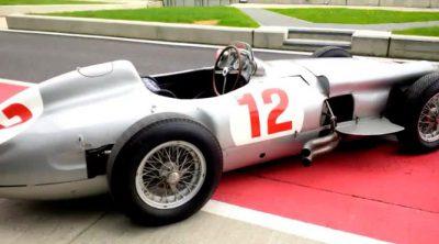 Mercedes junta el W02 con el W196 en Silverstone