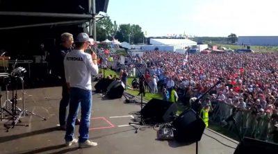 Los fans británicos cantan 'cumpleaños feliz' a Nico Rosberg