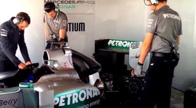El Mercedes W04 interpreta el himno alemán