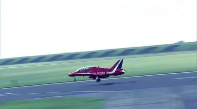 Las Red Arrows con Lewis Hamilton