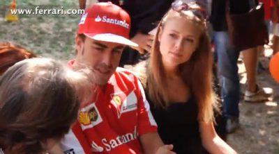 Los niños arropan a Fernando Alonso, Dasha Kapustina y Luca di Montezemolo