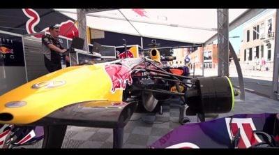 Red Bull y David Coulthard asaltaron las calles de Assen