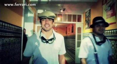 Fernando Alonso y el resto de Ferrari se visten de época