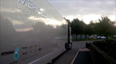 De Brackley a Spa: acompañamos a un camión de Mercedes