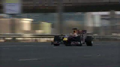 Exhibición de Red Bull por las calles de Dubai