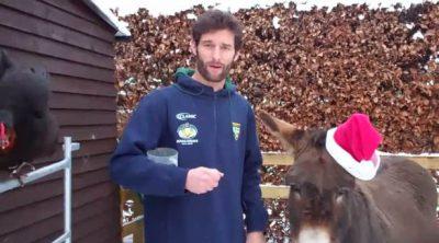 Webber y sus animales nos felicitan la Navidad