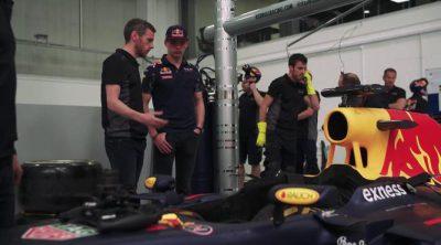Max Verstappen visita la fábrica de Red Bull como titular