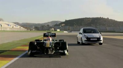 Team Lotus T128 vs. Renault Clio Sport