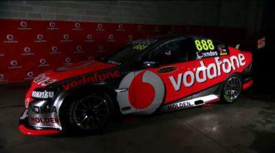 Jenson Button y Craig Lowndes intercambian sus coches en Bathurst