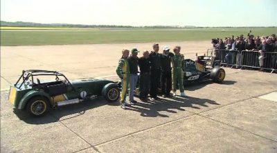 Un día en Duxford con el Team Lotus y Caterham