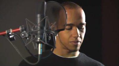 Lewis Hamilton dobla, en castellano, a su personaje de 'Cars 2'