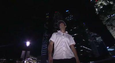 Daniel Ricciardo se da un paseo por las calles de Singapur